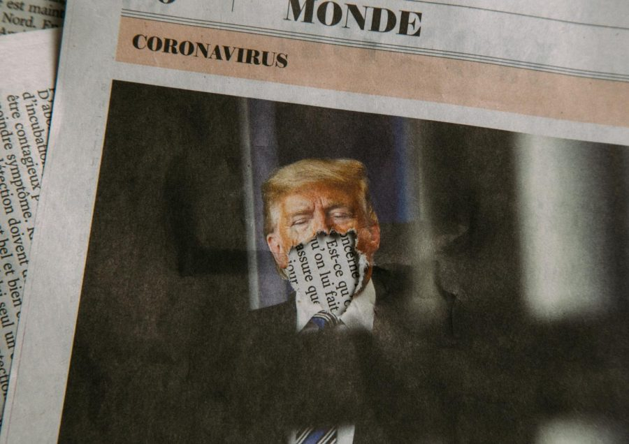 Donald+Trump+featured+in+a+French+Newspaper+section+regarding+the+Coronavirus.+%28Photo%3A+Charles+Deluvio%2FUnsplash%29