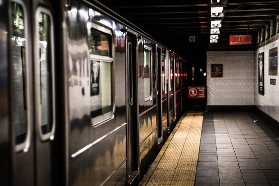 NYC+is+implementing+a+new+program+to+fight+the+coronavirus+on+subways.+%28Photo%2FAdi+Goldstein%2FUnsplash%29